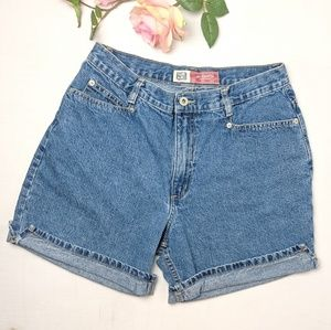 Vintage high rise jean shorts women's size 10 - 12